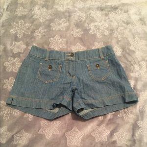Adorable denim shorts! Size 4 New York & Company
